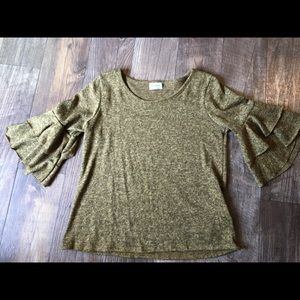 Sweater Top by free kisses